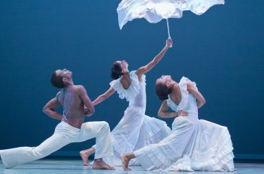 Alvin Ailey American Dance Theatre - Revelations © Photo Gert Krautbauer