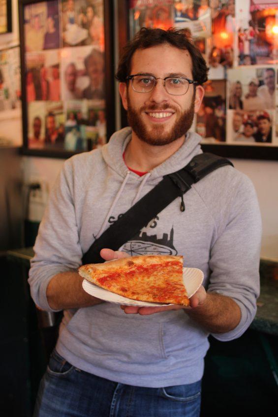 scott-at-joes-pizza
