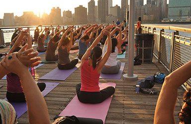www.the-yoga-room.com